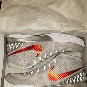 KYRIE 1 LIMITED OPENING NIGHT 2015